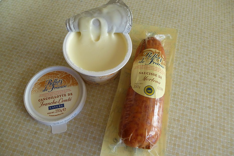 Saucisse de Morteau and Cancoillotte
